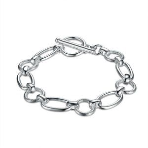 Jewelry - Silver Plated Oval Round Link Bracelet